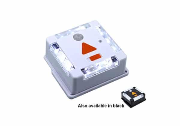 v lampe led blanc avec detecteur de mouvement disponible en noir par lynx